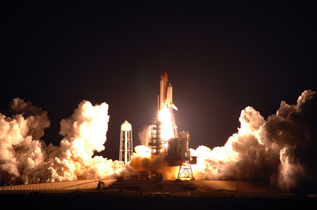 Shuttle Night Launch: Spectacular!