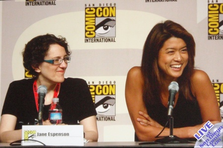 Live From SDCC: Friday's Caprica/BSG Panel, Swag, And Bender